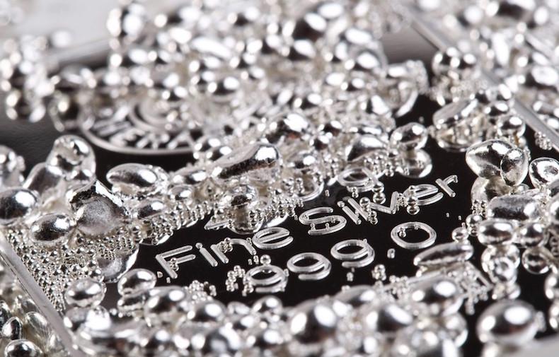 Чем чистить серебро от черноты 72